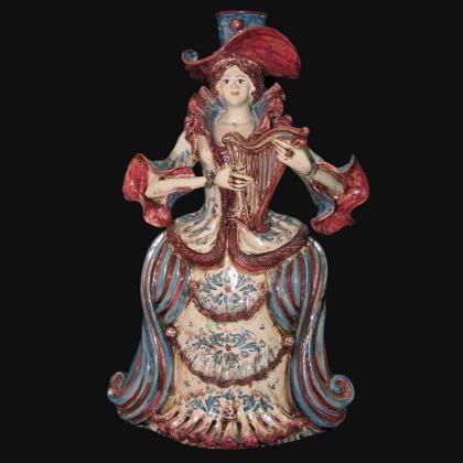 Piatto ornamentale in ceramica artigianale di Caltagirone.