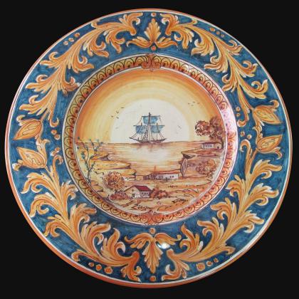 Piatto cap. prete Ø 35/40 c/veliero ornato fondo blu in ceramica artistica di Caltagirone