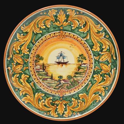 Piatto Ø 35/40 c/veliero ornato fondo verde in ceramica artistica di Caltagirone