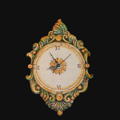 Orologio a rilievo 1°M h 35 verde/arancio in Ceramica artistica di Caltagirone